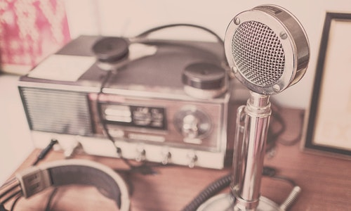 Some facts to consider before selecting the online radio station platform